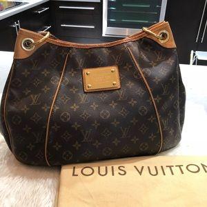 Louis Vuitton Galliera Monogram PM